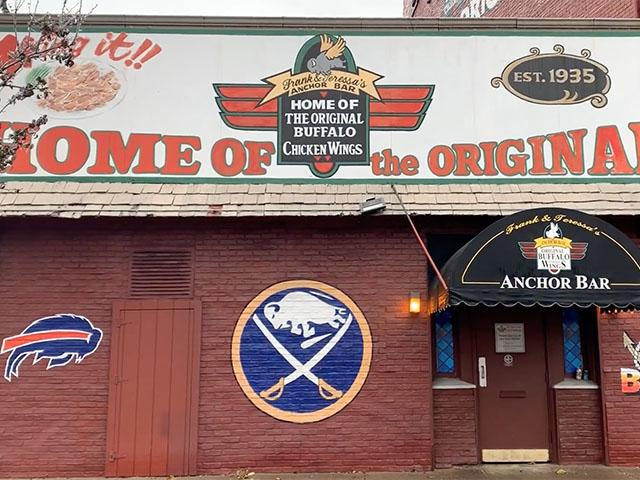 Anchor Bar Buffalo food scene