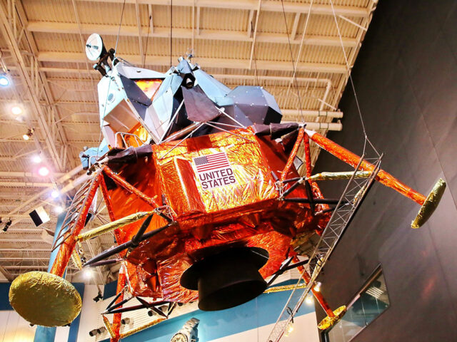 Space Center Houston sports teams travel guide